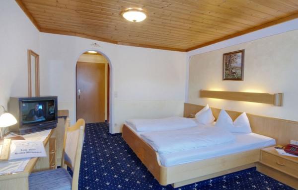 Doppelzimmer ohne Balkon 1. od. 2. Etage-2